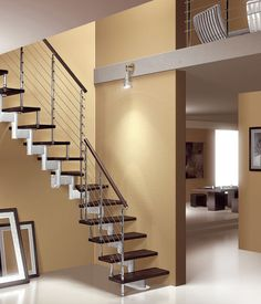 Metals on pinterest for Escaleras para espacios pequenos