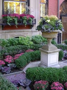 Lovely Fall Planters Ideas for Your Outdoor Greenery - 30 Lovely Fall Planters Ideas for Your Outdoor Greenery - Twilight Garden Party 2009