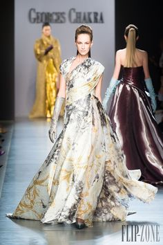 Georges Chakra haute couture fall 2014 Paris Fashion Week: Georges Chakra's high style drop 2014 driveway display was revealed on one . Couture Mode, Style Couture, Couture Week, Haute Couture Fashion, Georges Chakra, Europe Fashion, Runway Fashion, Net Fashion, Rebecca Taylor
