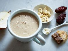 Warm Chai-Spiced Smoothie: Get the best of both worlds with this warming and invigorating drink