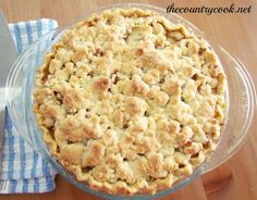 Butter Crumble Apple Pie. An easy, simple apple pie recipe. Nothing fancy. Simple deliciousness!