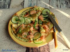 Moje Małe Czarowanie: Naleśniki po skandynawsku, ziołowe z łososiem