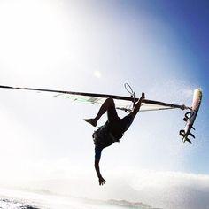 I can do that too! Marcilio Browne's wipeout #windsurfing #travel - actiontripguru.com/?utm_content=buffer231d2&utm_medium=social&utm_source=pinterest.com&utm_campaign=buffer