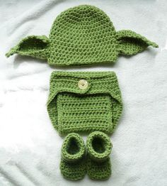 Yoda Beanie Newborn 0-3 months Star Wars Photo Prop Set