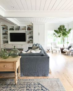 c/o Amber Interiors - creating a little seating nook aside the main living area. Coastal Living Rooms, Home Living Room, Living Room Designs, Living Room Furniture, Living Room Decor, Living Area, Living Room Pottery Barn, Rustic Furniture, Antique Furniture