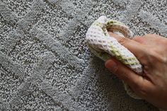 Mohawks SmartStrand carpet ~ I so want one for under my kitchen table!!
