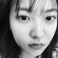 """Red Velvet Official Instagram di Instagram """"💬💬💬🌻"""""""