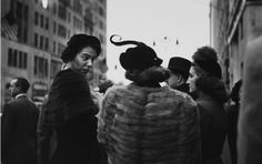 Photo by Saul Leiter, 1952, Hat.