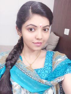 Athulya Photograph of  Athulya Ravi INDIAN BEAUTY SAREE PHOTO GALLERY  | I.PINIMG.COM  #EDUCRATSWEB 2020-07-02 i.pinimg.com https://i.pinimg.com/236x/75/e6/d7/75e6d7a0053f86d826116481db81e98d.jpg