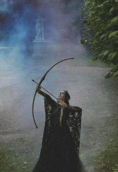 mirroir:    Oona Chaplin by Ruven Afanador for Yo Dona (2012). Elie Saab Fall/Winter 2012 dress.