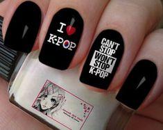 Película Kpop #002 Army Nail Art, Army Nails, K Pop Nails, Shiny Nails, Korean Nail Art, Korean Nails, Pretty Nail Designs, Nail Art Designs, Manicure