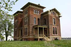 Duncan Manor in Towanda, IL. I think this was a rehab project that is now in foreclosure. Would LOVE to buy it and fix it up, but I suspect the repairs and renovations would cost a fortune.