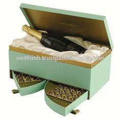 Source 2015 Custom Mooncake Box,MooncakePackaging,Card Mooncake Box with Beautiful Bags on http://m.alibaba.com