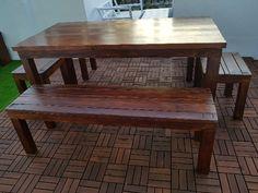 Mesa de salón grande fabricada con madera de palets ecológica, esta mesa forma parte de nuestra nueva gama de muebles confort con un diseño y acabados totalmente Premium Dining Bench, Furniture, Home Decor, Shape, Rustic Furniture, Large Living Rooms, Headboards, Wood, Interiors