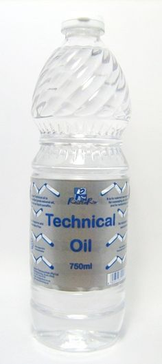 TECHNICAL OIL 750ML Water Bottle, Personal Care, Oil, Drinks, Drinking, Self Care, Beverages, Personal Hygiene, Water Bottles