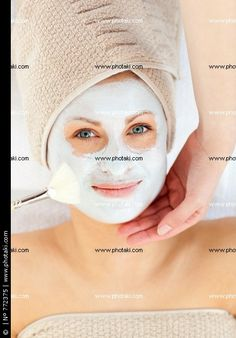 http://www.photaki.com/picture-smiling-woman-receiving-a-beauty-treatment_772375.htm