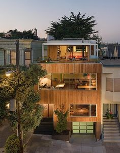 Beaver Street Reprise has been designed by Craig Steely Architecture and is located in San Francisco, California. The square foot residence is a conceptually modern house that fits contextually into a Victorian neighborhood. Houses Architecture, Amazing Architecture, Architecture Design, Landscape Architecture, Style At Home, Luxury Modern Homes, Casas Containers, Modern Architects, Street House