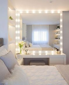 Teen Bedroom Decor Teenage Bedroom Sets, Teenage Bedroom Makeover, Teenage Bedroom Rules Do you think he or she will like it? Dream Rooms, Dream Bedroom, Home Bedroom, Bedroom Inspo, Teen Bedroom Inspiration, Bedroom Furniture, Royal Bedroom, Bedroom 2018, Fall Bedroom