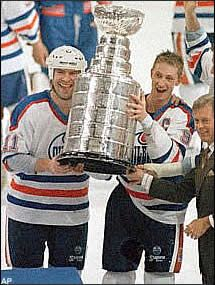 Edmonton Oilers - Wayne Gretzky And Mark Messier...