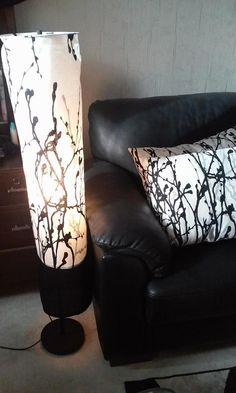 Lattiavalaisin Ikea: uusi varjostin ja samasta kankaasta tyynyjen päälliset :)