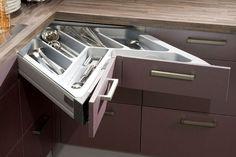 Un tiroir d'angle http://www.linternaute.com/bricolage/cuisine/rangement-cuisine/