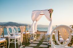 Every bride deserves the perfect wedding! Let the expert wedding planners at Sunscape Puerto Vallarta ensure your destination wedding is everything you've ever dreamed it would be.