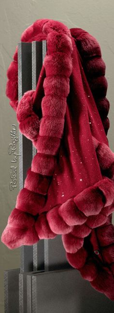 Loro Piana, oval shaped stole in baby cashmere embellished with tiny iridescent sequins and edged in tonal chinchilla fur. Marsala, Glamour, Chinchilla Fur, Fabulous Furs, Burgundy Wine, Pink Christmas, Christmas Wedding, Shades Of Red, Holiday Fashion