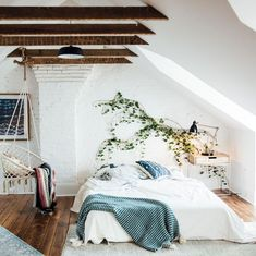 A little green inspiration for a bedroom