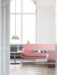 Pale pink seating +  #TomDixon Void pendant light = pretty much perfection.