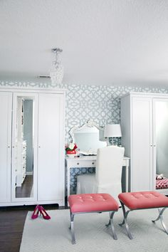 Cheery Aqua and pink dressing room closet inspiration. Dressing Room Closet, Dressing Rooms, Closet Organization, Organizing, Organization Ideas, Dining Room Hutch, Decoration Inspiration, Decor Ideas, Master Closet