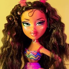 boy i invented you 🐱🐠, servin a cute beachy look inspired by vereena sayed 🎀 Bratz Doll Makeup, Bratz Doll Outfits, Barbie Clothes, Vintage Paper Dolls, Vintage Barbie, Curly Hair Cartoon, Tails Doll, Black Bratz Doll, Brat Doll