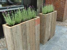 Pallet planters. A good idea for the small balconies. Organic#economic#original Virginie#Carpentier#French#Jewels#Designer#PARIS