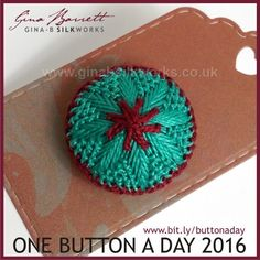 Day 72: Floral Star #onebuttonaday by Gina Barrett
