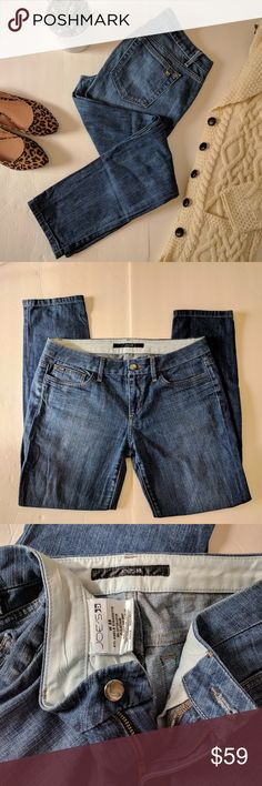 """Joe's Ankle Cigarette Jeans in Aimee Sz 28 These cigarette jeans from Joe's are classic and chic in aimee wash a meduim blue. 98% cotton, 2% elastane but not very stretchy.? Approx 7.5 """"rise, 27"""" inseam, 12"""" leg opening. 7 For All Mankind Jeans Ankle & Cropped"""