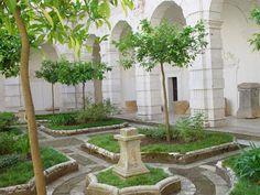 classic italian garden