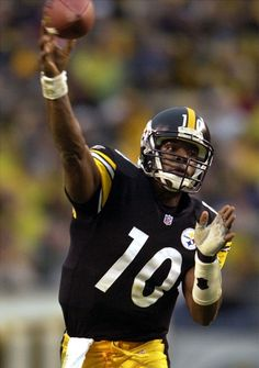 Pittsburgh Steelers Retired Players List | Pittsburgh Steelers' quarterback Kordell Stewart delivers a pass ...