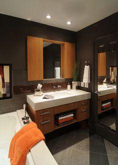 Design Element Contemporary Italian Bathroom Vanity Set by Design
