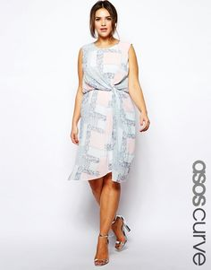 Shop for plus size dresses with ASOS. Our Curve collection is filled with beautiful plus size maxi, wedding guest and plus size party dresses. Discover today at ASOS. Plus Size Dresses Uk, Plus Size Outfits, Nice Dresses, Plus Size Wedding Guest Outfits, Best Wedding Guest Dresses, Plus Size Dresses To Wear To A Wedding, Spring Dresses, Spring Outfits, Spring Skirts