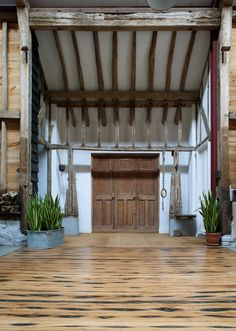 Gallery of The Ancient Party Barn / Liddicoat & Goldhill - 20
