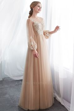 Looking for Evening Dresses,Prom Dresses in Tulle, A-line style, and Gorgeous Appliques work? Babyonlinewholesale has all covered on this elegant NATALIE Prom Dresses Long With Sleeves, Long Bridesmaid Dresses, Dress Long, Evening Party Gowns, Evening Dresses, Elegant Dresses, Beautiful Dresses, Champagne Evening Dress, Prom Dresses Online