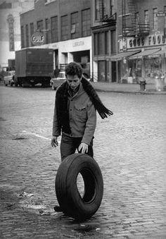 Bob Dylan, 1963 - photo by Jim Marshall