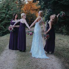 Gerade haben wir von der lieben Diamore-Braut Brigitte ein paar wunderschöne Hochzeitsbilder bekommen, die wir euch einfach nicht vorenthalten können��auch Ihre Brautjungfern wurden bei uns eingekleidet! Wir gratulieren nochmal ganz herzlich und bedanken uns für die tollen Fotos! #brautmodediamore #diamore #braut #brautmode #brautkleid #brautkleid #instabride #bride #bridetobe #brides2018 #bridesmaids #brautjungfernkleider #brautjungfern #bridal #bridalgown #bridalinspiration #bridalideas…