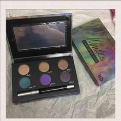 New Urban Decay Wende Contraband palette New Urban Decay Wende Contraband palette Urban Decay Accessories