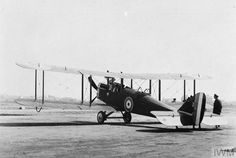 De Havilland 4 (Airco DH.4) two-seat day bomber/reconnaissance biplane. Built by Westland Aircraft Company