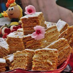 Krispie Treats, Rice Krispies, Tortellini, Cookie Recipes, Deserts, Food And Drink, Cookies, Breakfast, Cake