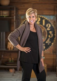 Thinking of investing in the stock market? Suze Orman has some advice for what m - Stock Investing - Ideas of Stock Investing - Thinking of investing in the stock market? Suze Orman has some advice for what moves to make from the start Penny Stocks Investing, Stock Market Investing, Investing Money, Money Tips, Money Saving Tips, Money Plan, Money Hacks, Stock Market For Beginners, Suze Orman
