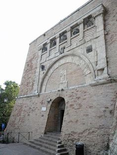 Perugia. Porta Marzia