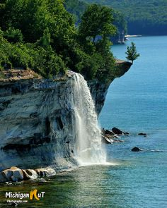 Spray Falls in the Pictured Rocks National Lakeshore, Michigan