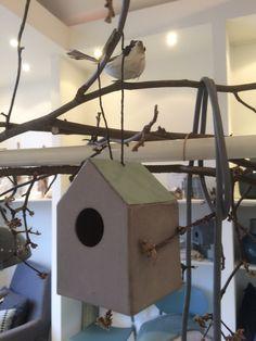 Papier-maché vogelhuisjes By Bob