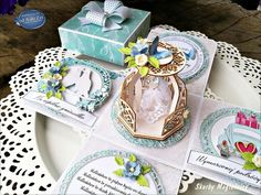od A do Zet: Błękitny exploding box ślubny na bazach od GotaBox Exploding Boxes, Elf, Decorative Boxes, Miniatures, Cards, Elves, Maps, Playing Cards, Fairy